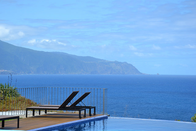 casadomiradouro madeira vacation home rental villa luxury pool